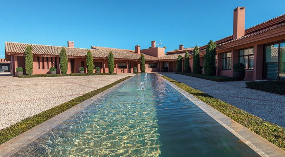 La Nava del Barranco Luxury Villa corporate rental Spain