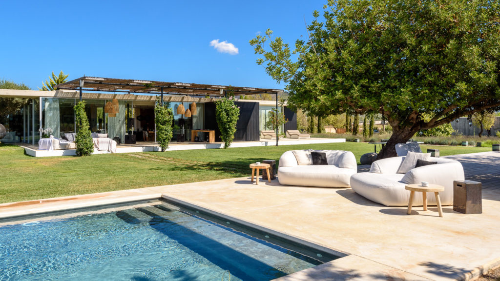 villa los amigos ultra luxury vacation rental Ibiza