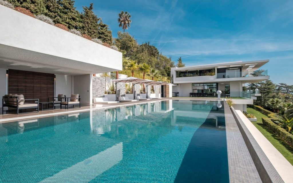 Ultra Luxury Modern Mansion Rental Cannes